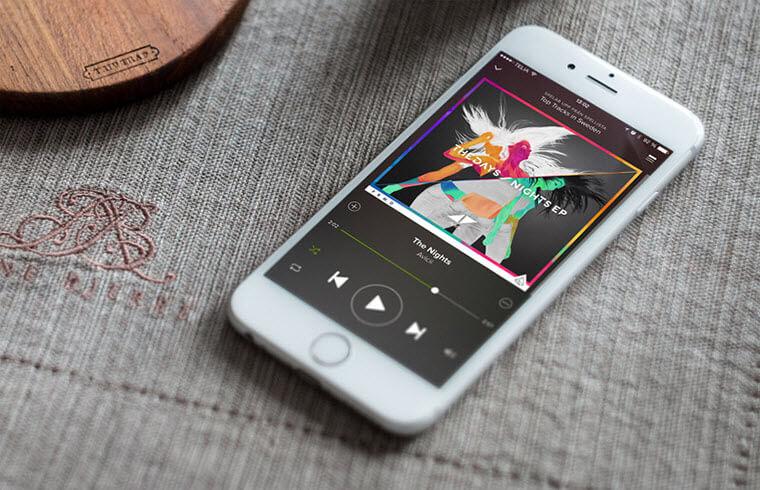 как закинуть музыку в айфон